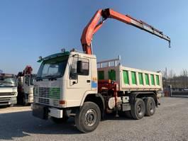 kipper vrachtwagen > 7.5 t Volvo FL 10 FL10.360 6x4 + FASSI F300 1993
