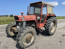 standaard tractor landbouw Massey Ferguson 165 1975