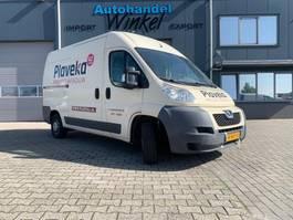 gesloten bestelwagen Peugeot 330 L2H2 2.2HDI 12 0 2011