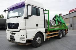platform vrachtwagen MAN TGX 26 XLX ,E5 , steer axle , Crane Palfinger Epilson + rem 2011