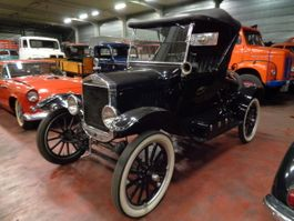 cabriolet auto Ford T RUNABOUT 1924