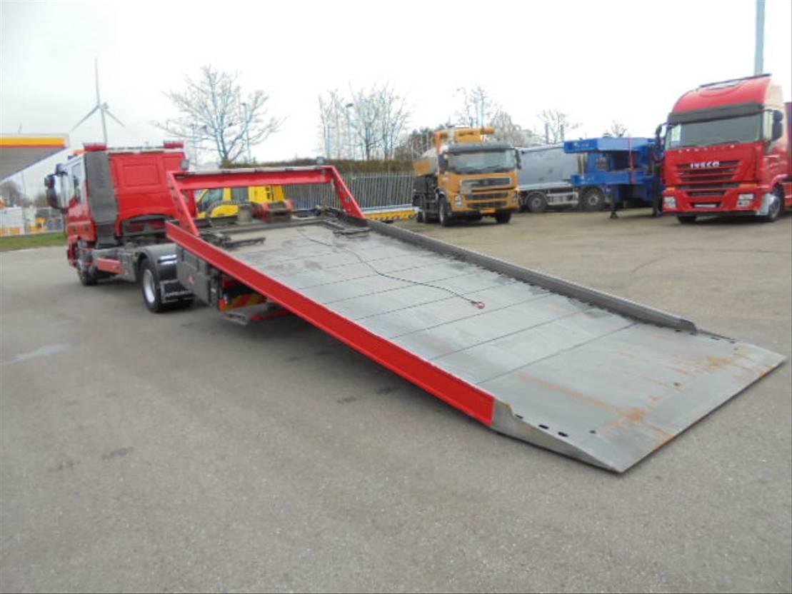 takelwagen-bergingswagen-vrachtwagen Iveco ML120EL22 2007