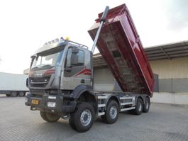 kipper vrachtwagen > 7.5 t Iveco Trakker 450 E6 8X8 2016