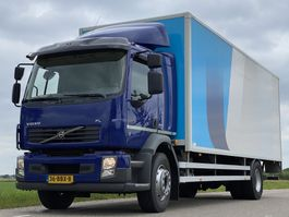 bakwagen vrachtwagen Volvo FL 240 FL240.18. EURO5.  Aut. 710x248x230. Bakwagen met Laadklep. 2013