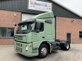 standaard trekker Volvo FM 300 4X2 I-Shift EURO 5 NL Truck 2007