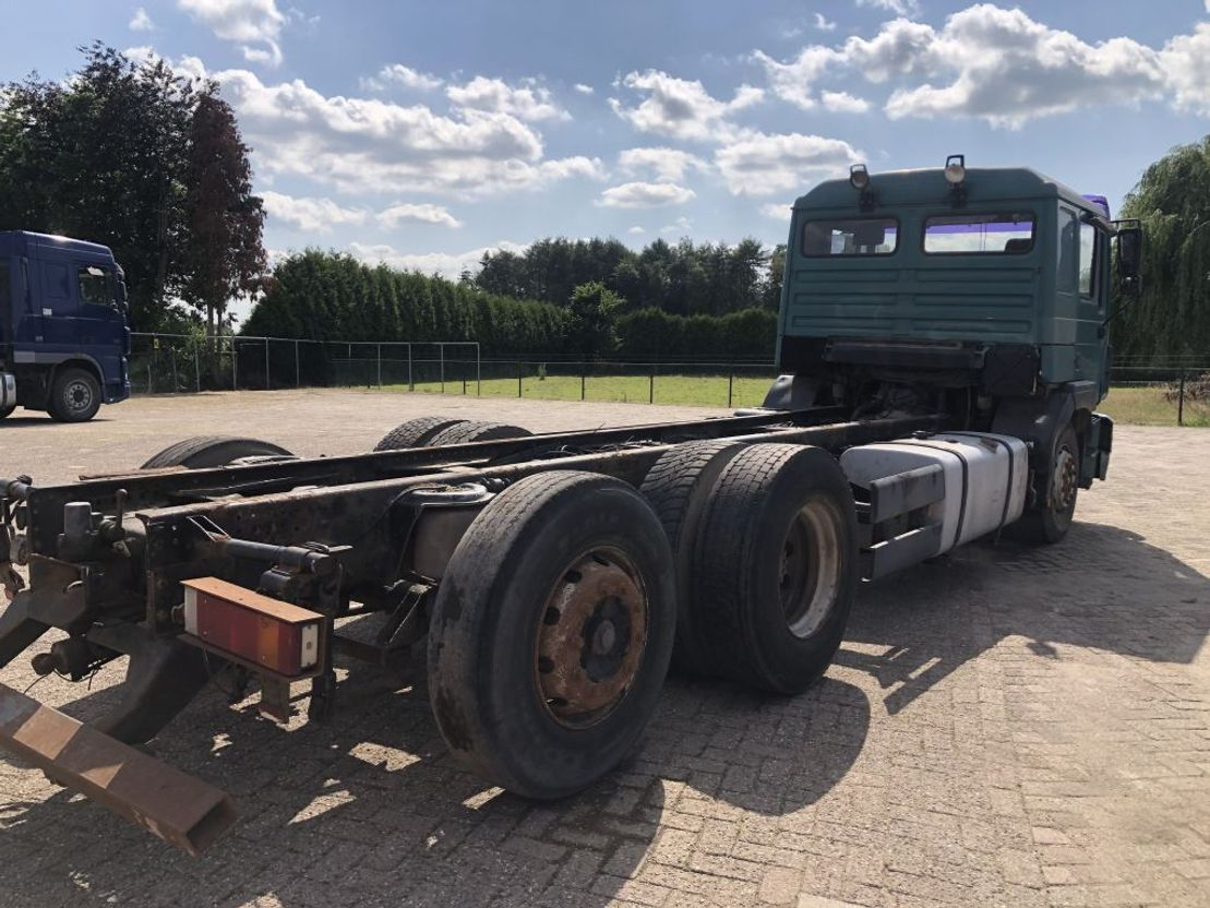 chassis cabine vrachtwagen MAN 26.464 CHASSIS TRUCK 6X2 1998