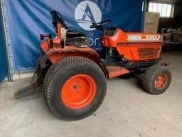 standaard tractor landbouw Kubota B1150 2000