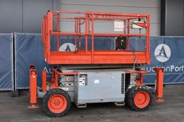 schaarhoogwerker wiel Skyjack SJ6826 RT 2008