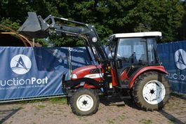 standaard tractor landbouw Knegt DF404 CG2 2018