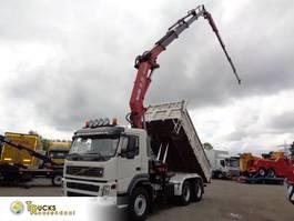 kipper vrachtwagen > 7.5 t Volvo FM 340 6X4+manual + HMF 3720 K4 crane + Kipper + Jib 30 mtr+ REMOTE 2005