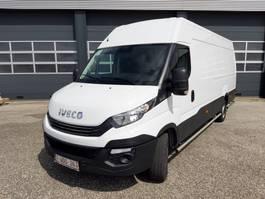 gesloten bestelwagen Iveco 35s12A8 2019