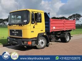 kipper vrachtwagen > 7.5 t MAN 14.272 M90 full steel manual 1995