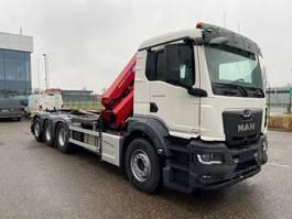 containersysteem vrachtwagen MAN New Generation 35.470 8x4-4 BL-NN HMF 3220K5 met fly-jib voorbereiding + containerhaak 2022