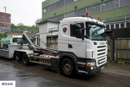 containersysteem vrachtwagen Scania G480 Hook truck with 20 T JOAB hook and 2 boxes 2009