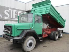 kipper vrachtwagen > 7.5 t Iveco Magirus Deutz 240 , 6x6 , V8 , ZF Manual , 3way tipper , Spring suspension 1995
