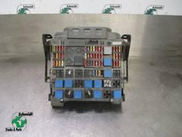 Elektra vrachtwagen onderdeel Renault 010466930 ZEKERINGSKAST