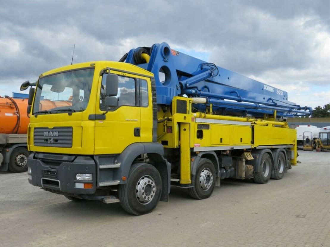 betonpomp vrachtwagen MAN 41.400 8x4 BB Betonpumpe Schwing 42m, 4100h 2007