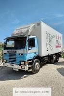 bakwagen vrachtwagen Scania P82 H 6X2 24 ton detachable box tail lift left hand drive. 1985