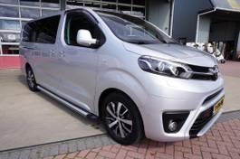 gesloten bestelwagen Toyota Worker 1.6 D-4D 116PK Dynamic Long Dubbelcabine, Schuifdeur links en rec... 2018