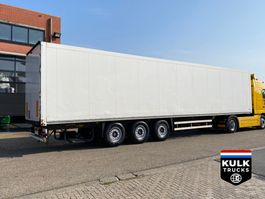 gesloten opbouw oplegger Schmitz Cargobull SKO 24 DOUBLESTOCK 2007