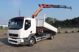 kipper vrachtwagen > 7.5 t Volvo FL 240 .14 - 4x2 - 58.045 KM - PALFINGER 9.5 T/M KRAAN + KIPPER - PERFECTE STAAT