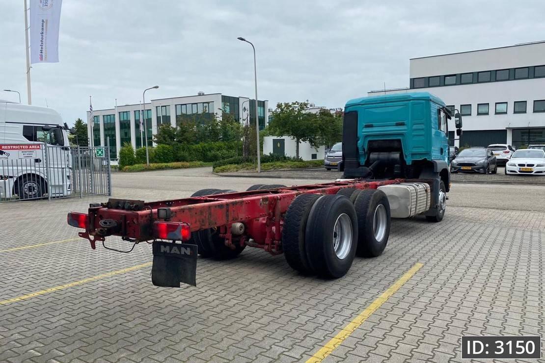 chassis cabine vrachtwagen MAN TGA 26 LX, Euro 3, // Full steel // Manual gearbox // 6x4 // German Truck 2007