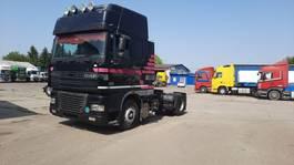 standaard trekker DAF XF 95 , Manual gearbox, 430HP, Euro 3 2002