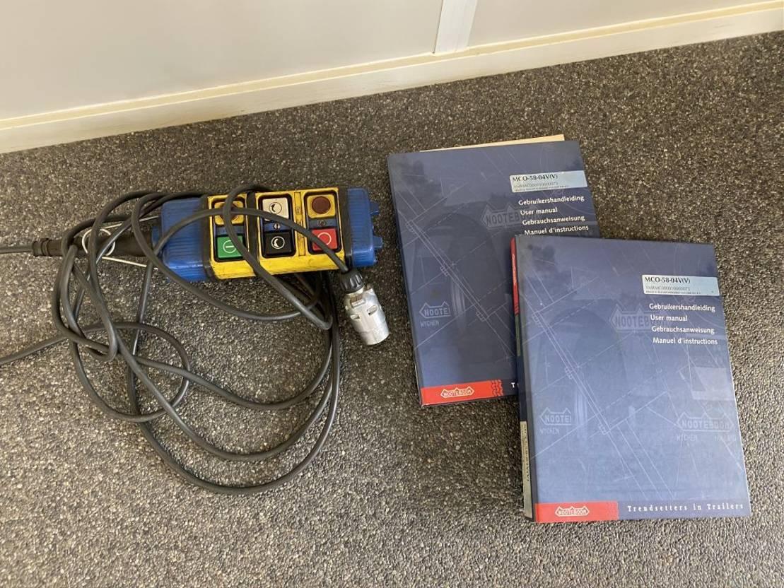 semi dieplader oplegger Nooteboom MCO-58-04V 2X UITSCHUIFBAAR TOT 27.60 CM 2001