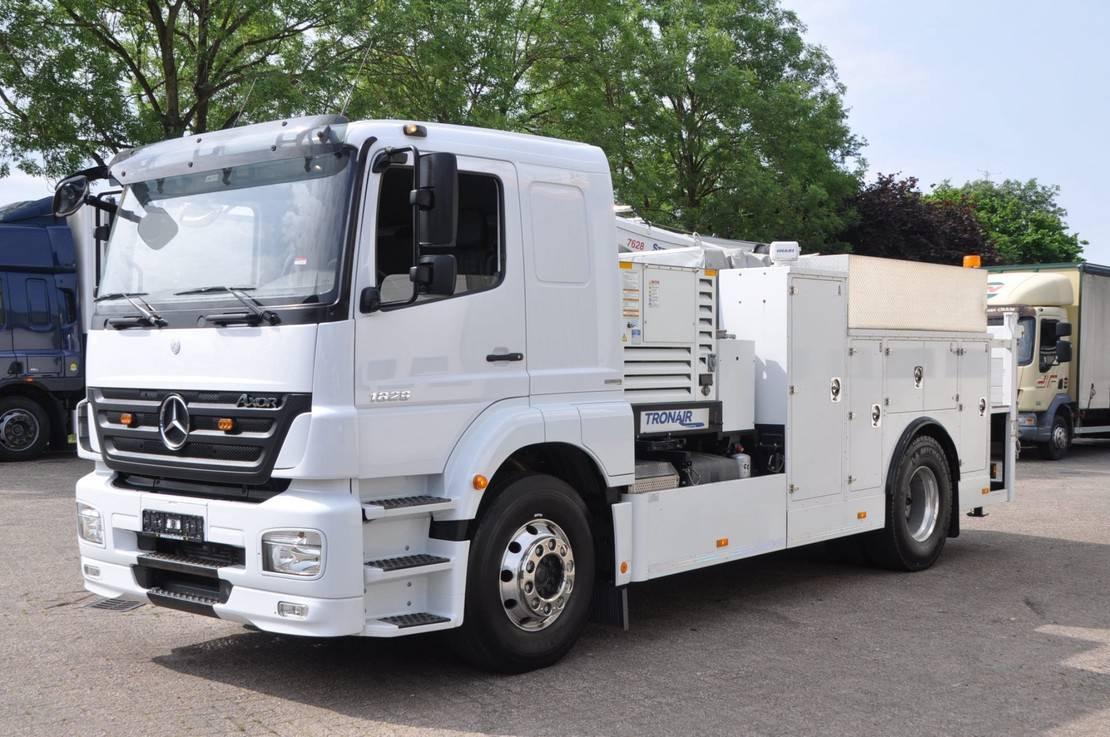 takelwagen-bergingswagen-vrachtwagen Mercedes-Benz Axor 1829 . MOBILE .SERVIC. WERKSTATT 2011