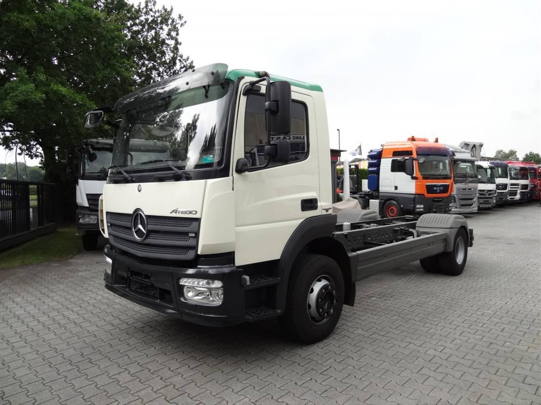 chassis cabine vrachtwagen Mercedes-Benz Atego 1524 2014
