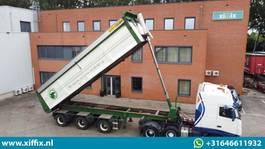 kipper oplegger Bulthuis Multifunctionele wegenbouw kipper // 2x gestuurd 2007