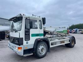containersysteem vrachtwagen Volvo FL 6 4x2-4000 1993