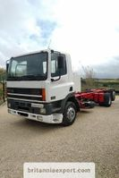 chassis cabine vrachtwagen DAF CF 85 ZF manual pump 6X2 26 ton left hand drive. 1998