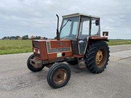 standaard tractor landbouw Fiat 680 1980