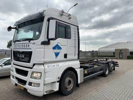 chassis cabine vrachtwagen MAN TGX 26 .460 6x2 with BDF lift system 2012