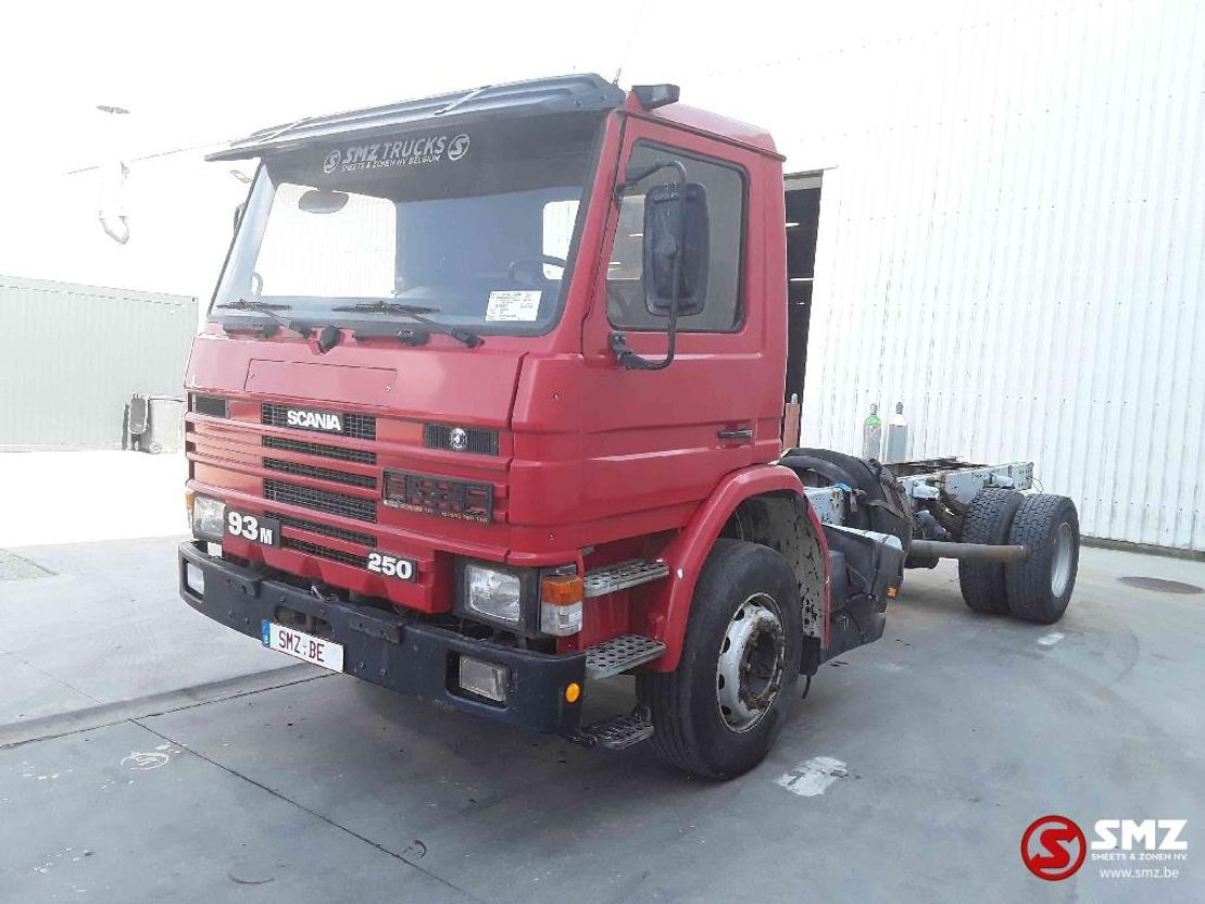 chassis cabine vrachtwagen Scania 93 M 1995
