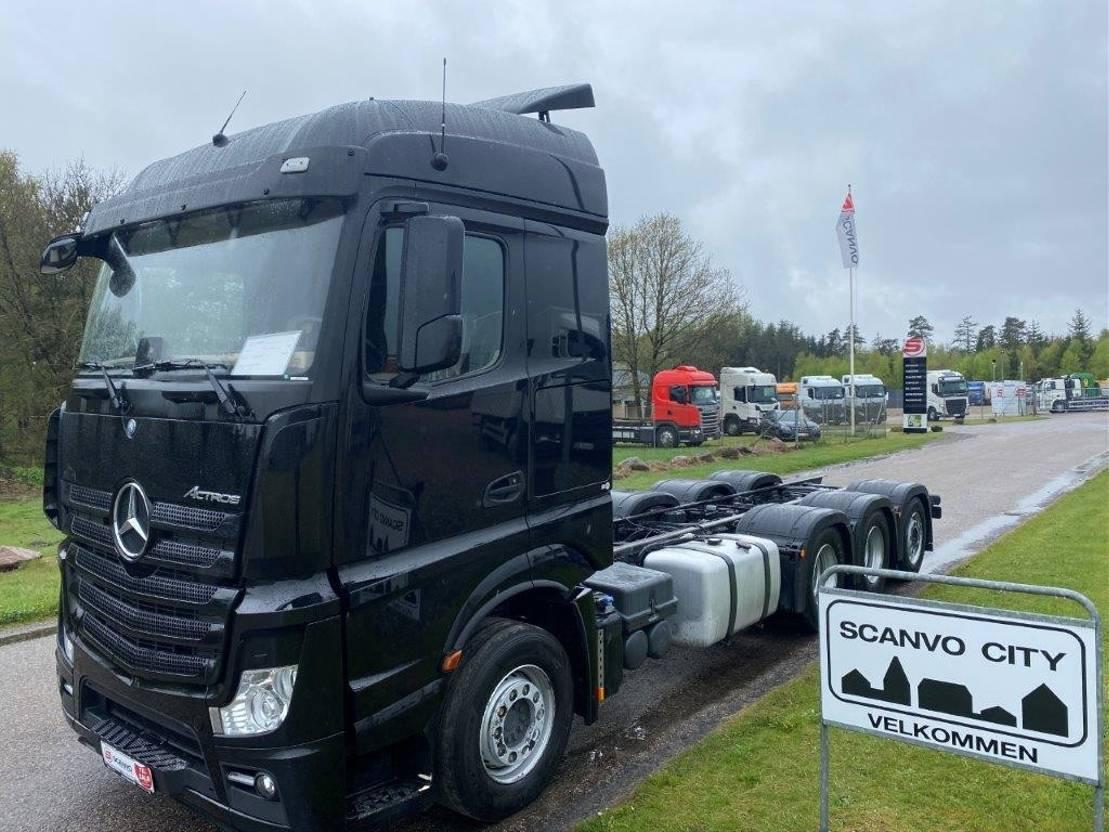 chassis cabine vrachtwagen Mercedes-Benz Actros 3563 L 8x4-4 2018