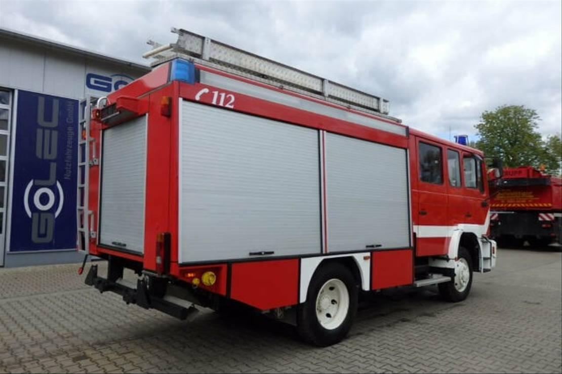chassis cabine vrachtwagen MAN 14.224 4x4 Euro 2 Feuerwehr 1200 L Wassertank 2001