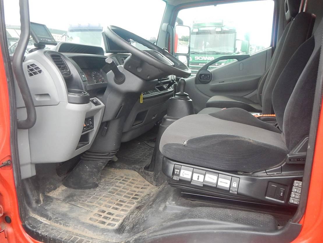 takelwagen-bergingswagen-vrachtwagen Renault D-serie Værkstedsbil / bjergningsbil 2016