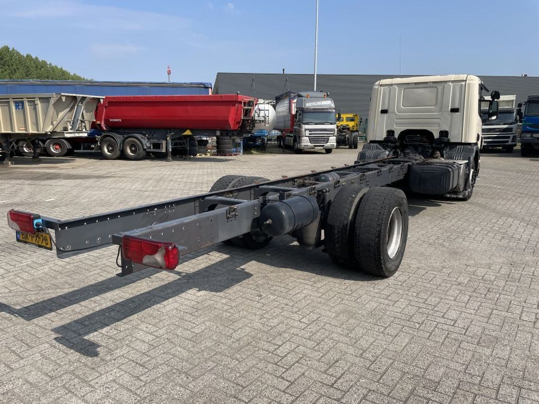 chassis cabine vrachtwagen Scania P230 2010