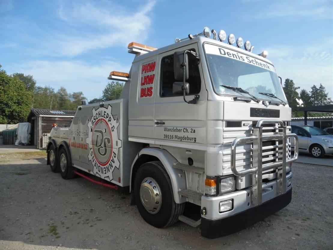 takelwagen-bergingswagen-vrachtwagen Scania 112 takelwagen 6x2 1986