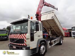 kipper vrachtwagen Volvo 250 Manual + KIPPER + HMF 1110 CRANE 2005