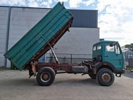 kipper vrachtwagen Mercedes-Benz 1919 kipper 4x4 1981