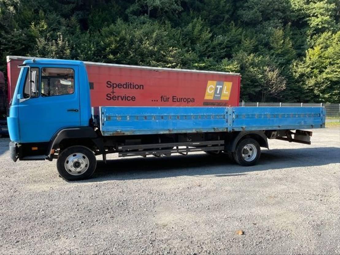chassis cabine vrachtwagen Mercedes-Benz 814 ** Pritsche / Blatt / Schaltung ** 1997