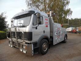 takelwagen-bergingswagen-vrachtwagen Mercedes-Benz 1933 takelwagen 1983