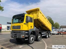 kipper vrachtwagen MAN 41.410 8x8 - Full steel - Manual - Mech pump 2004