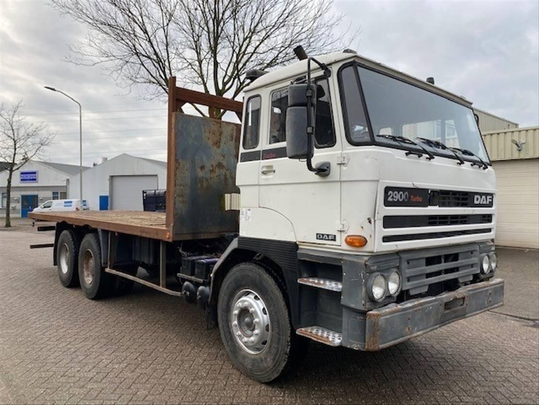 chassis cabine vrachtwagen DAF 2900 TURBO 6X4 MANUAL/HANDGESCHAKELD 1990