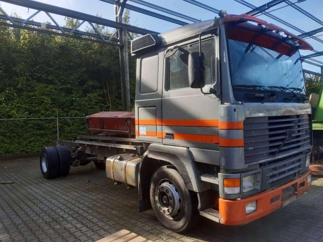 chassis cabine vrachtwagen Volvo f 12 intercooler 1990