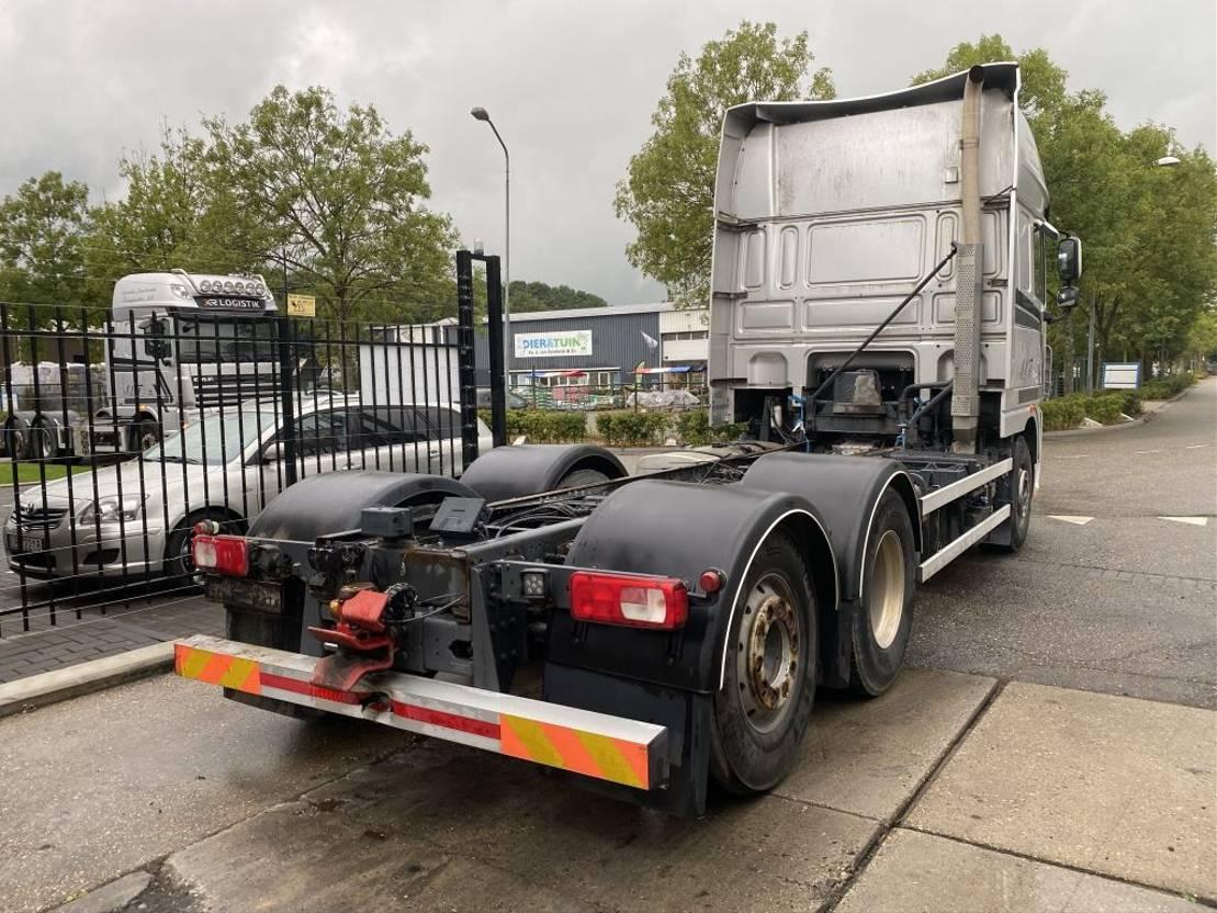 chassis cabine vrachtwagen DAF XF 105 6X2 FAR + HYDRAULIEK 2013