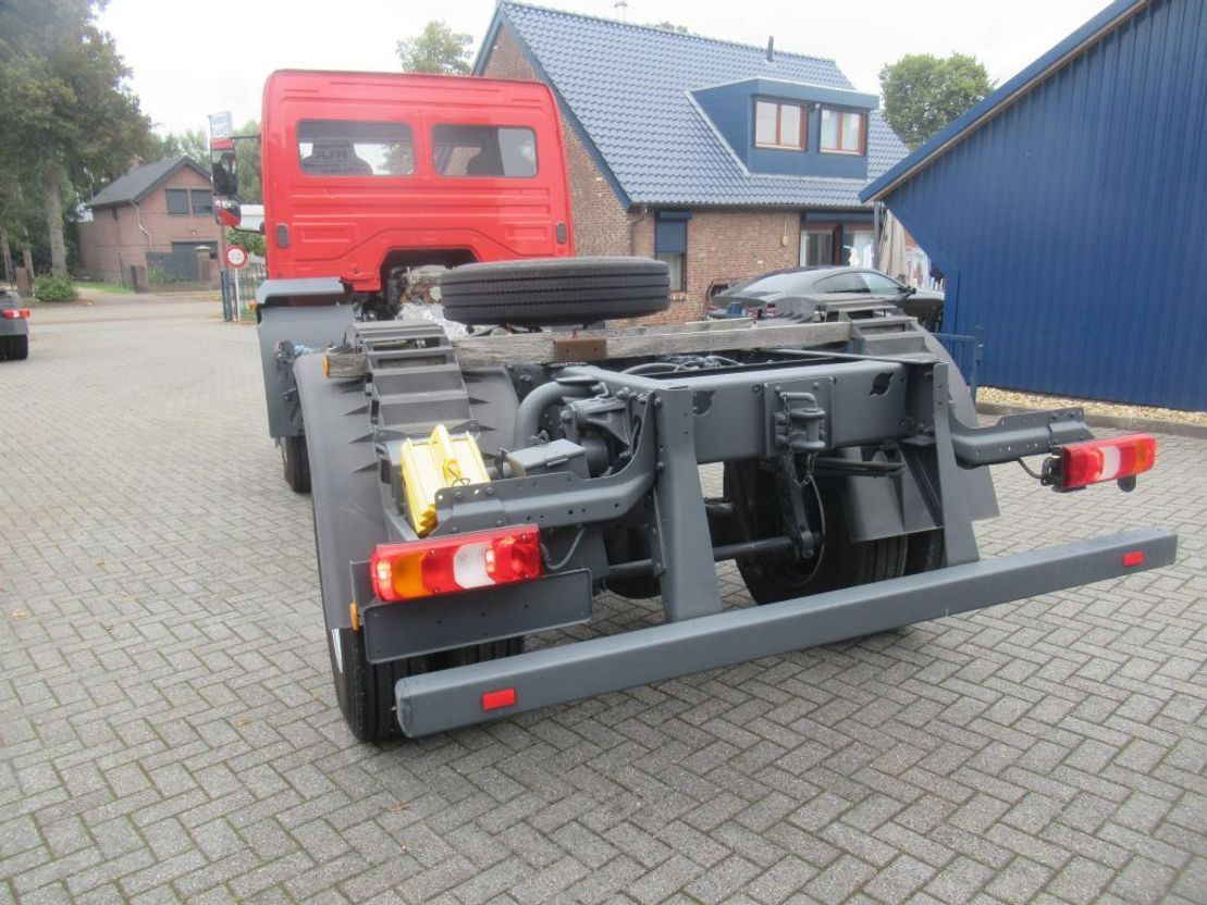 chassis cabine vrachtwagen Mercedes-Benz Atego 1530 ATEGO 1530 AK 4x4  chassie PTO